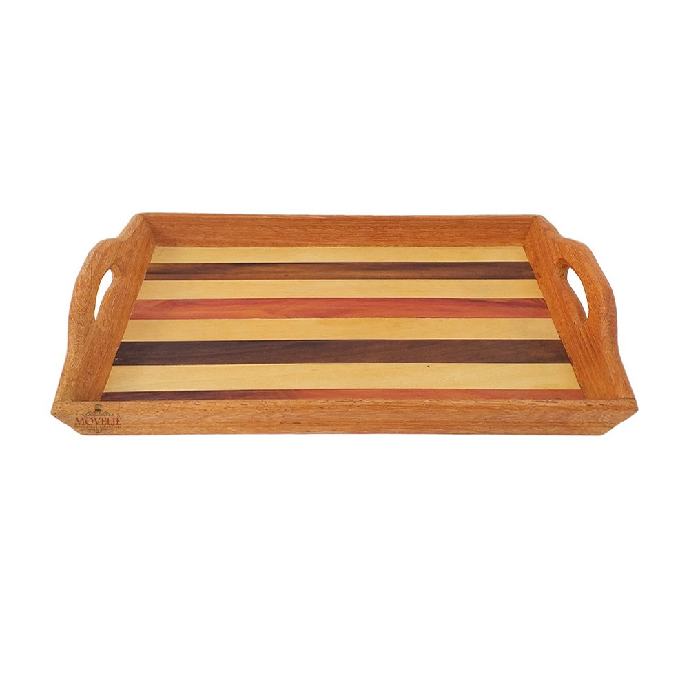 Bandeja de madeira café da manhã