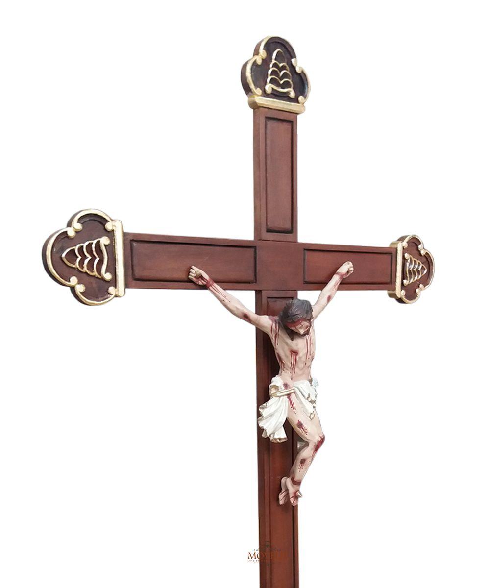Crucifixo de Mesa e Altar Jesus Cristo Crucificado Madeira Marrom-Escuro