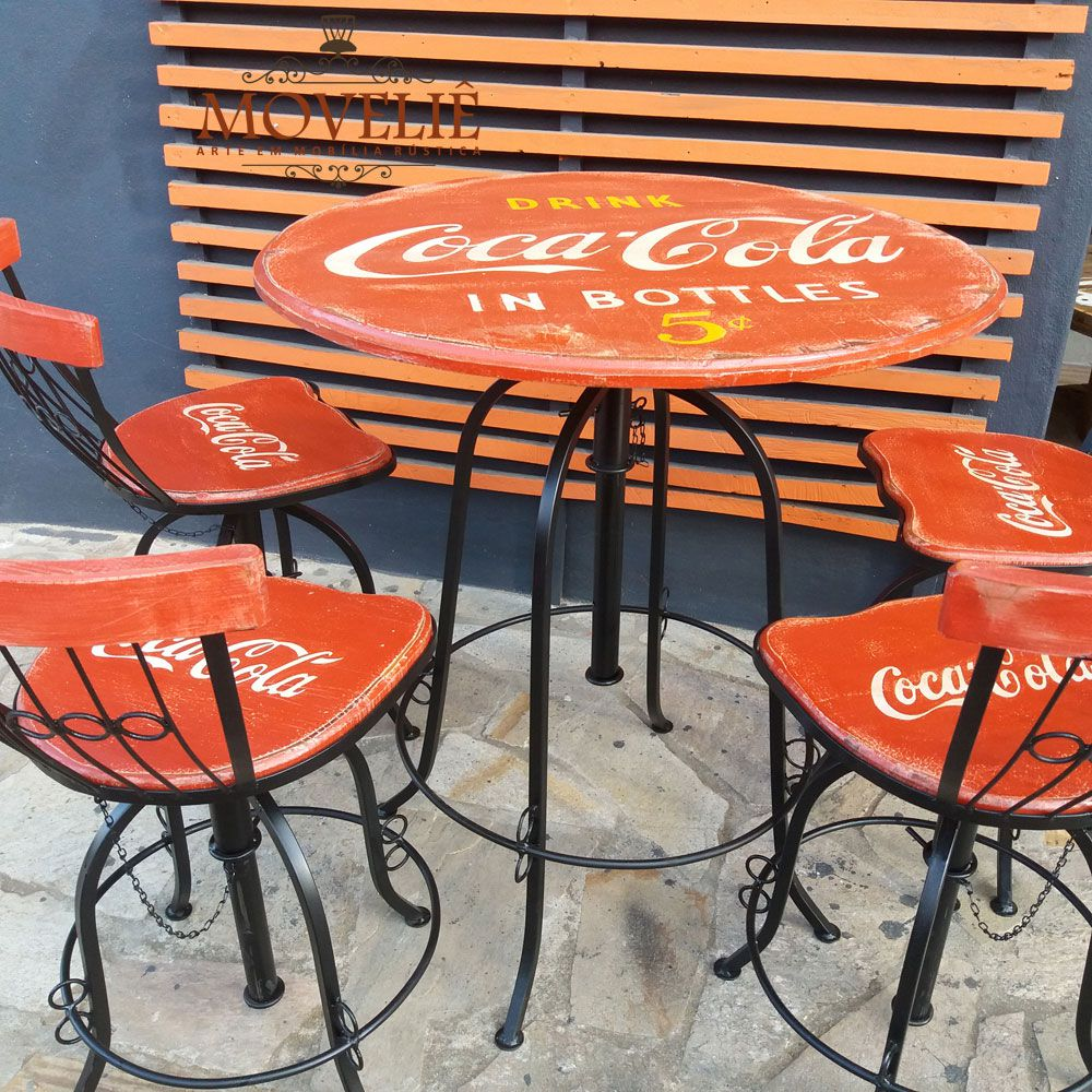 Jogo Bistrô Coca Cola com Mesa e Banquetas