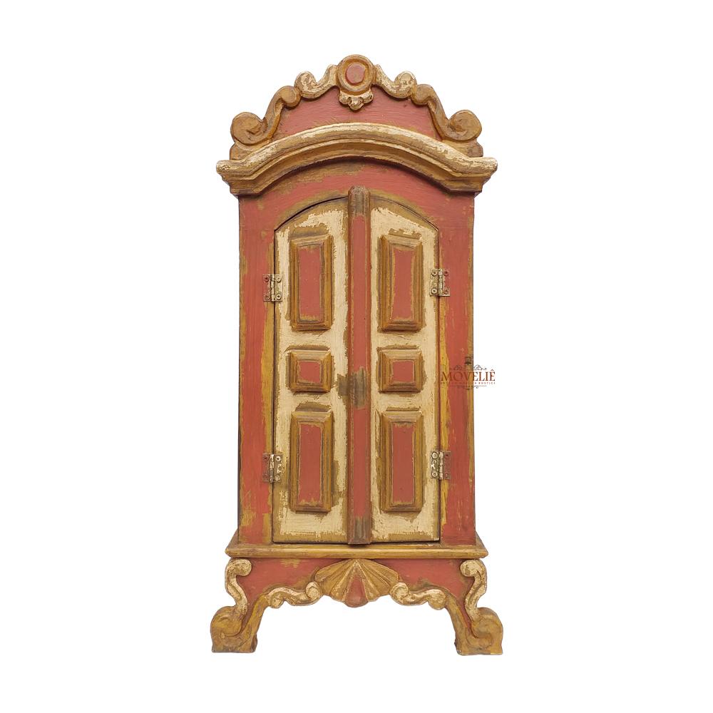 Oratório em madeira envelhecida estilo barroco