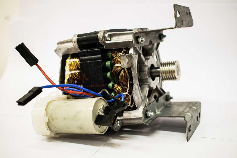 Motor Tanquinho Colormaq 10 A 13 Kg 1/4p 127v C/ Polia