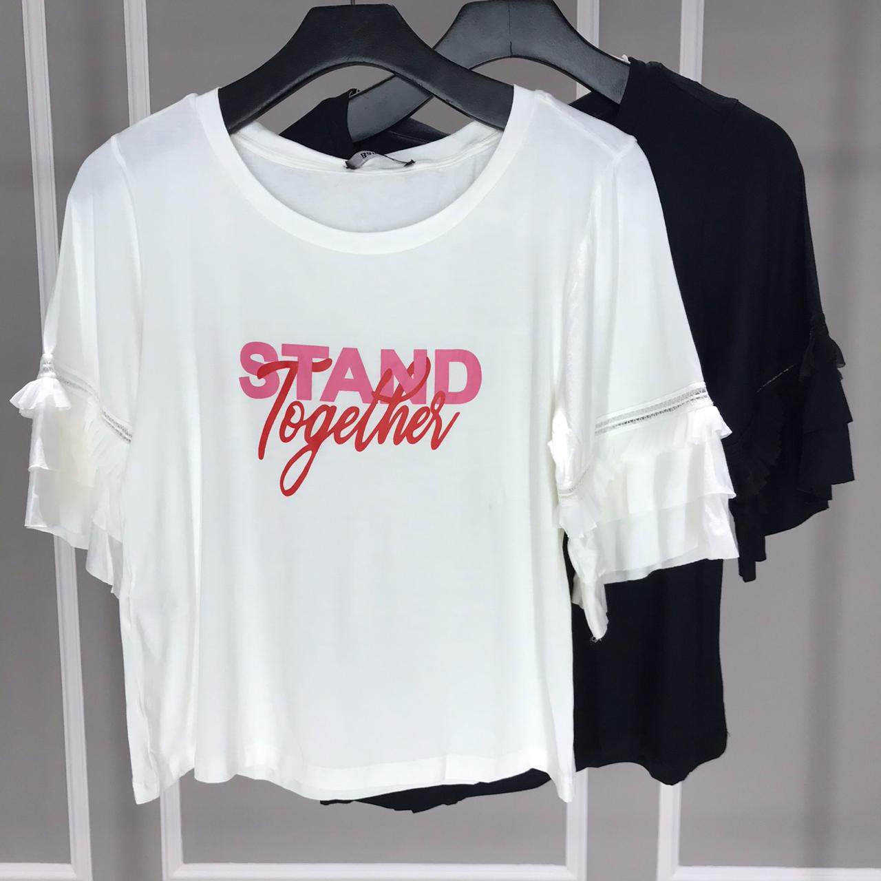 T-SHIRT STAND  - ITEM 3