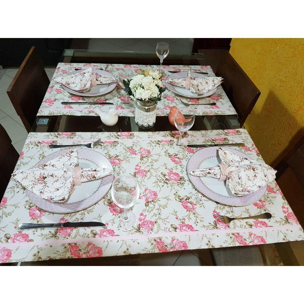 Kit Caminho de mesa com Estampa Floral Rosa (2 pcs) + Guardanapos (4 pcs) + Porta  Guardanapos (4 pcs)