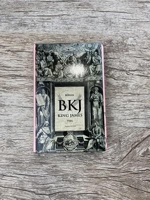 Bíblia BKJ King James Fiel 1611 / Capa Rosa / Palavra de Jesus em Vermelho