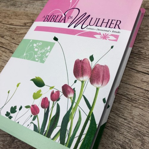 Bíblia da Mulher Grande - Revista e Atualizada - Tulipa
