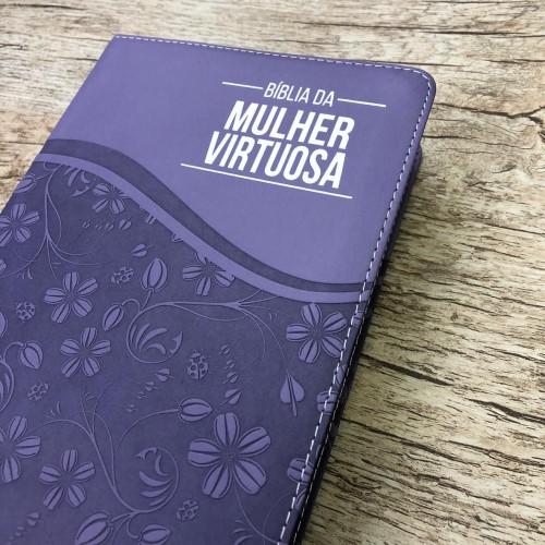 Bíblia De Estudo Da Mulher Virtuosa - Roxa