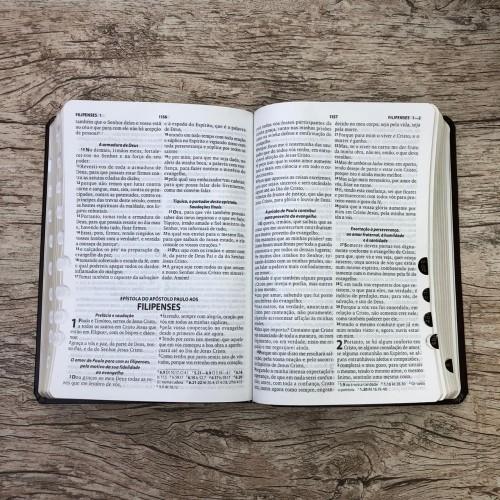Bíblia Sagrada Com Harpa Cristã - Marrom - Rc