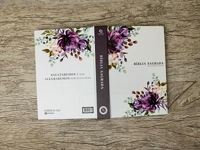 Biblia Sagrada Feminina - Letra Grande - NAA - Primavera