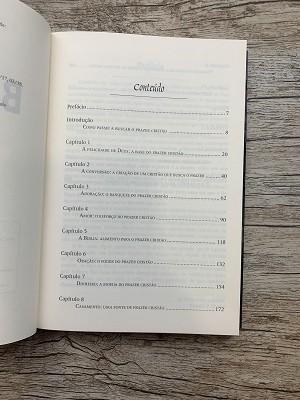 Livro - Em busca de Deus - a plenitude da alegria cristã