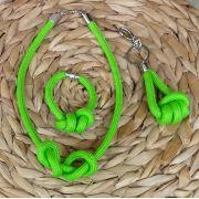 Kit com Colar Pulseira e Chaveiro - Verde Limão