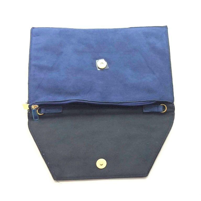 Bolsa tipo Carteira Retangular em Tecido Bordada  - Azul Marinho
