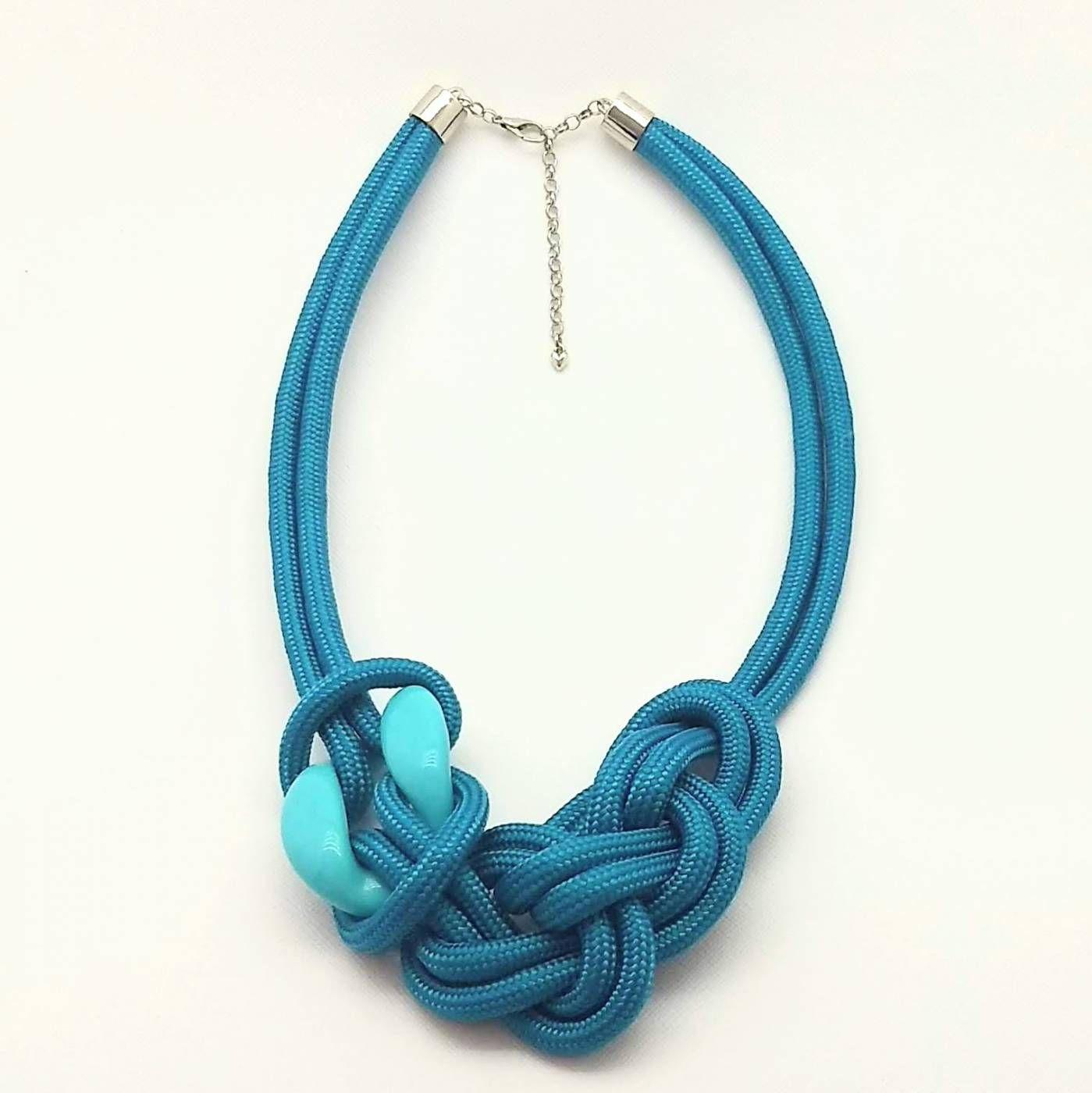 Colar Florence em Corda Azul Turquesa Tradicional