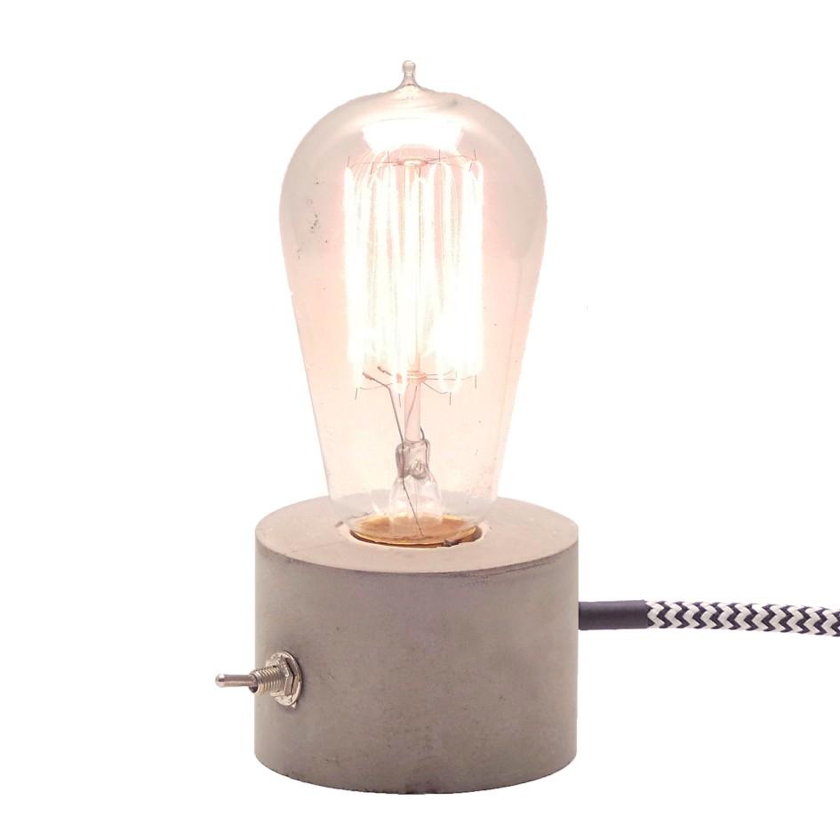 Kit 2 Luminárias de Mesa de Cimento Dado + Roda Promoção Combo  - ZOLT luminárias
