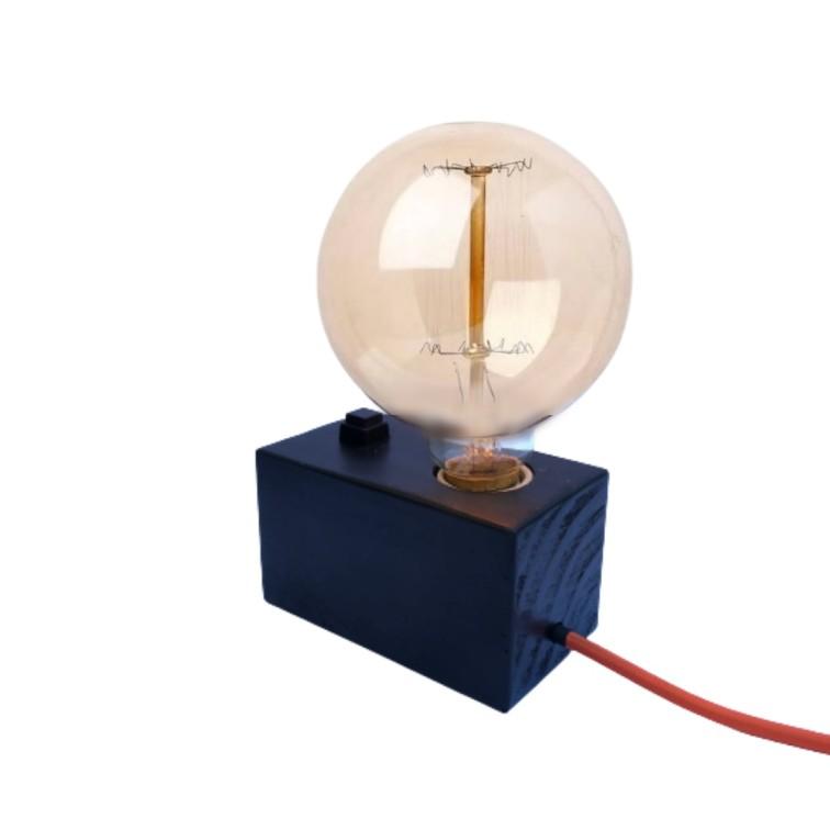 Luminária de Mesa Abajur de Madeira Preta com Cabo de Tecido  - ZOLT luminárias