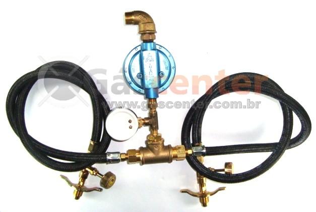 Central de Gás GLP - 2 P13 - Chicote 1metro - Regulador Aliança 7Kg/h - Manômetro - Ref: 01179