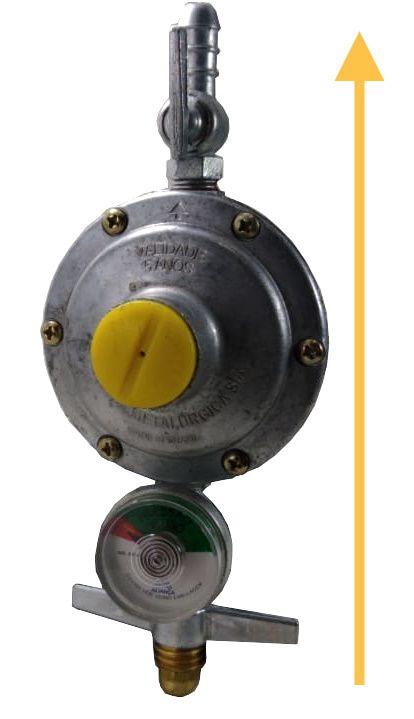 Regulador de Gás ALIANÇA - 2kg/h com Manômetro - GLP - Ref. 01738
