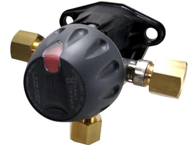 Regulador de Gás CLESSE - INVERSOR AUTOMÁTICO AC-2600 - GLP - Ref. 01895