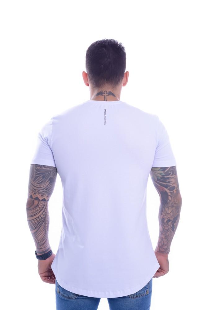 Camiseta OC Exclusive Pryamid Branco