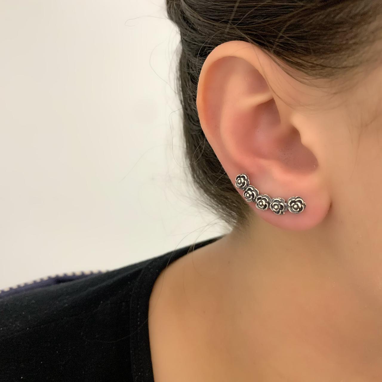 Brinco Ear Cuff  Rosas Envelhecido