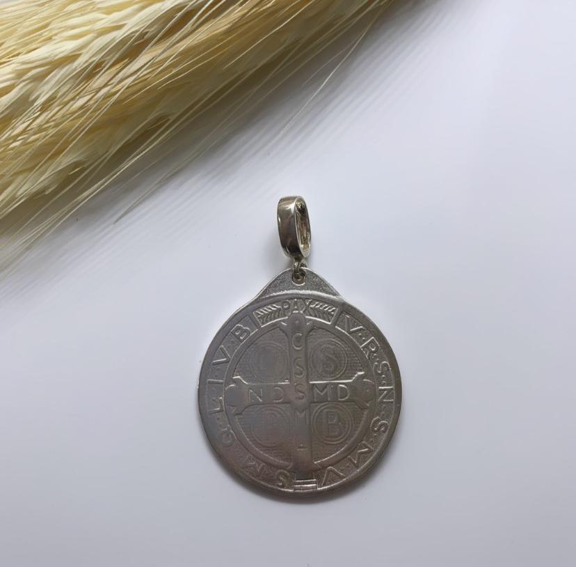 Pingente Medalha São Bento Grande