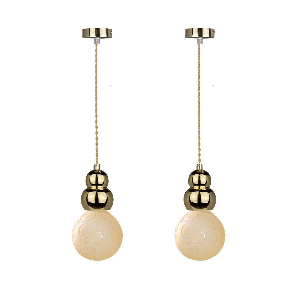 2 pendentes Glamour com globo de vidro e fio na cor dourada