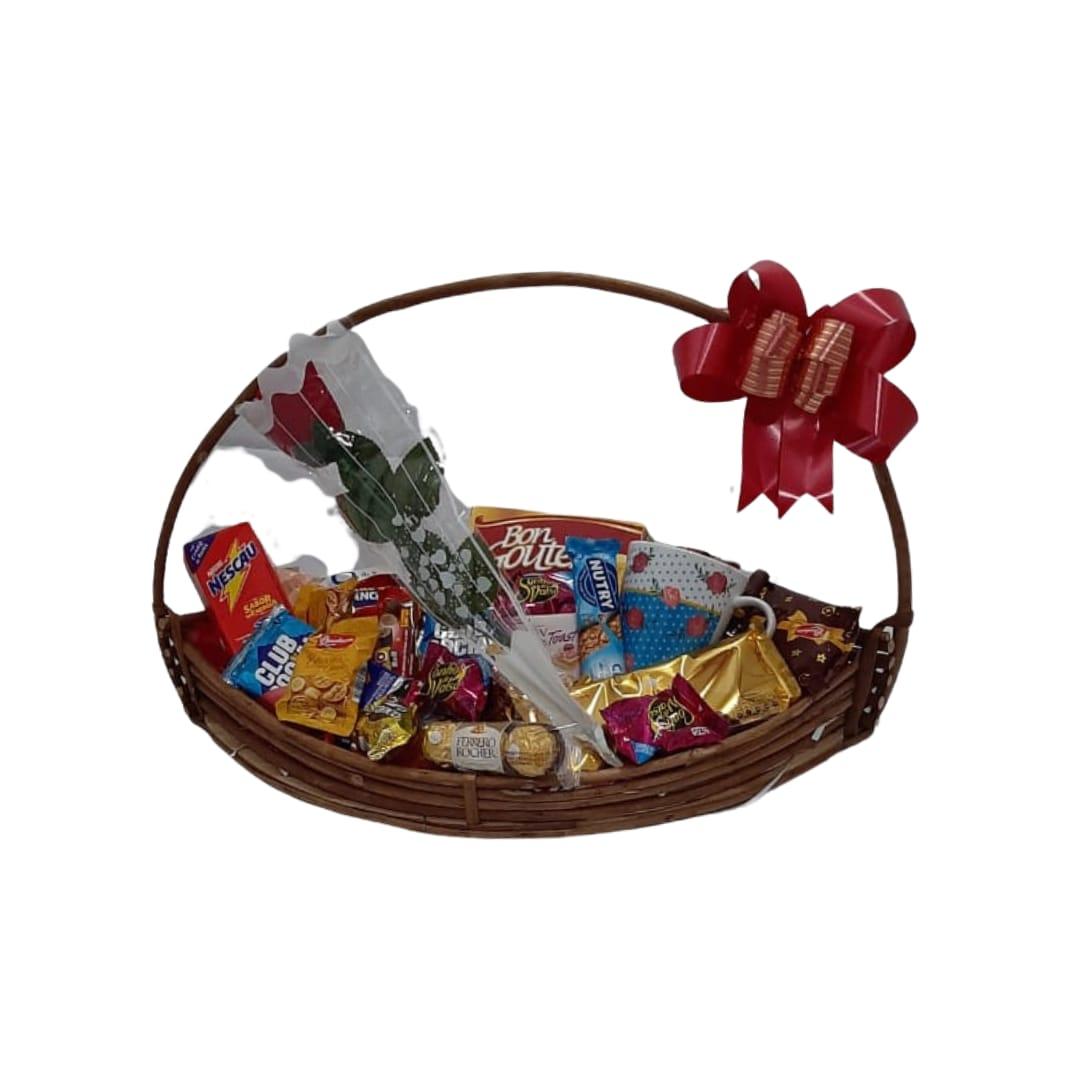 Cesta presentes / Dia Das Mães - Produto entregue somente na cidade de Patos de Minas (Entrar em contato (34) 9 9103-2567