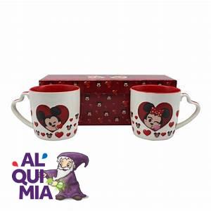 Kit com 2 Canecas alça coração mickey e minnie