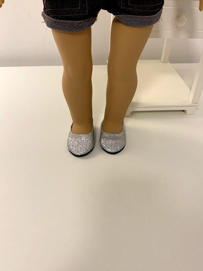 Sapato para American Girl ou Our Generation Prata