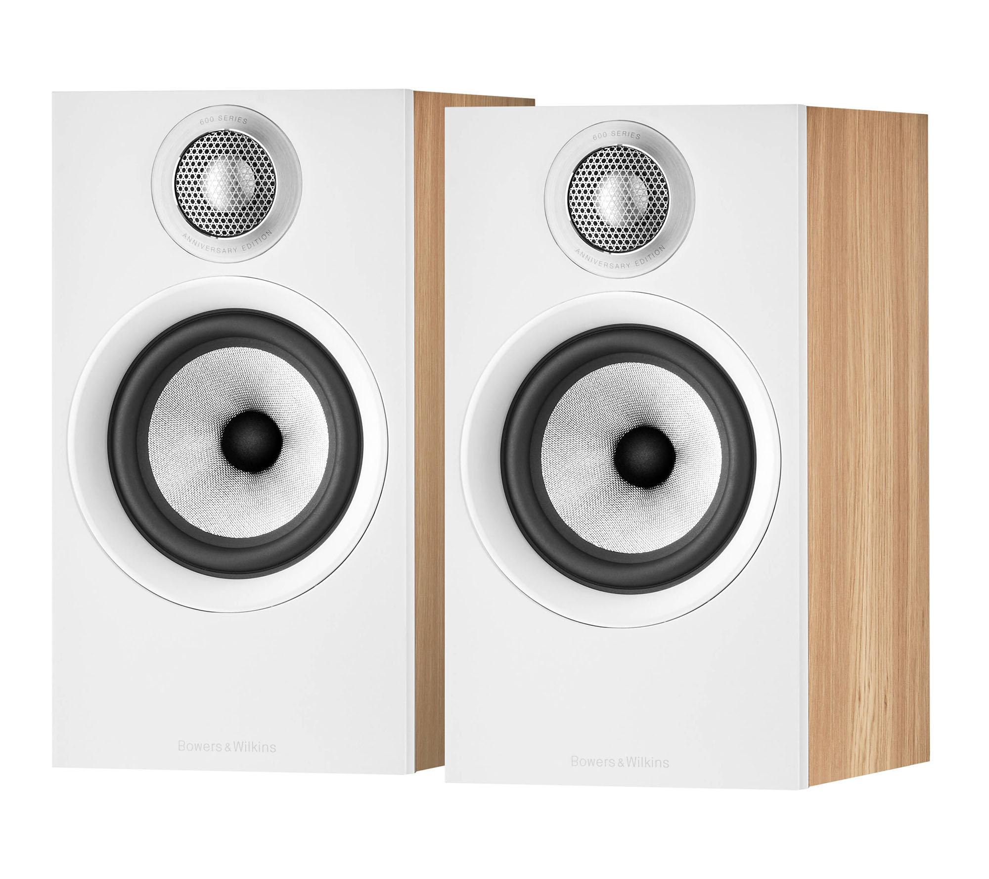 Caixa Acústica Bowers & Wilkins 607 S2 Anniversary Edition Par (Oak)