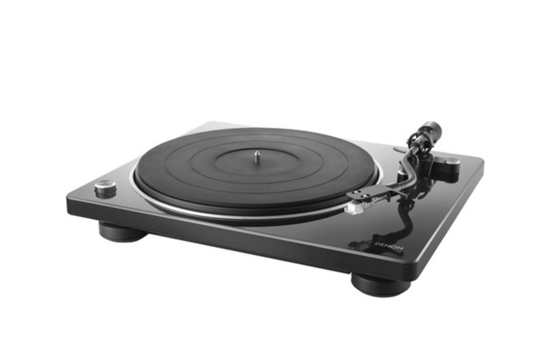 Denon DP-400 Stereo Toca Discos (Piano Black)