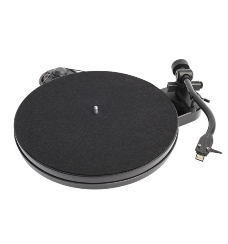 Toca-Discos Pro-Ject RPM 1 Carbon + Ortofon 2M Red