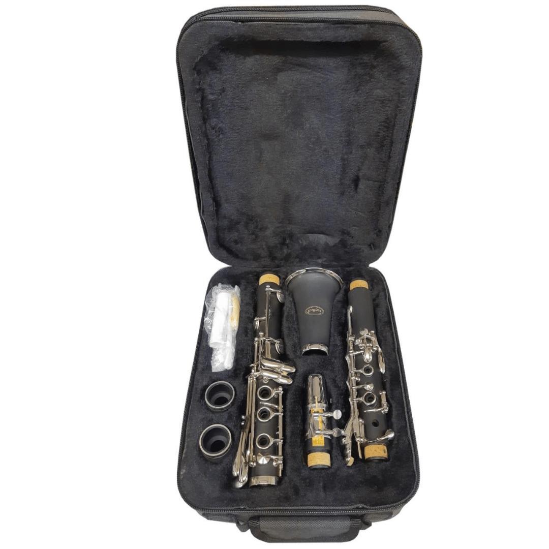 Clarinete Maybach 1104B - 17 Chaves - Acompanha Case Térmico e 2 barriletes - Anel Liso