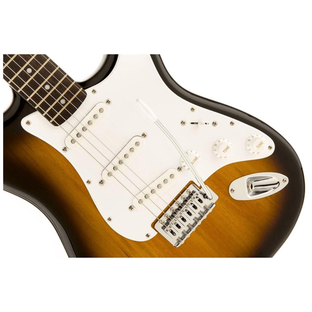 Guitarra Fender 031 0001 - Squier Bullet Strat - 532 - Brown Sunburst