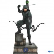 Gallery Green Arrow PVC Figure Diamond