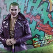 HOT TOYS JOKER SUICIDE SQUAD PURPLE COAT EXCLUSIVE MMS382
