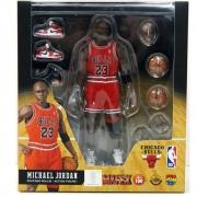 MAFEX 100 Michael Jordan Chicago Bulls 23