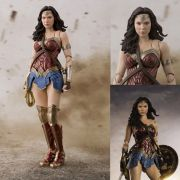 S.H FIGUARTS WONDER WOMAN JUSTICE LEAGUE