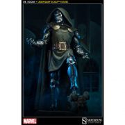 SIDESHOW DOCTOR DOOM LEGENDARY SCALE LIMITED EDITION 1/2