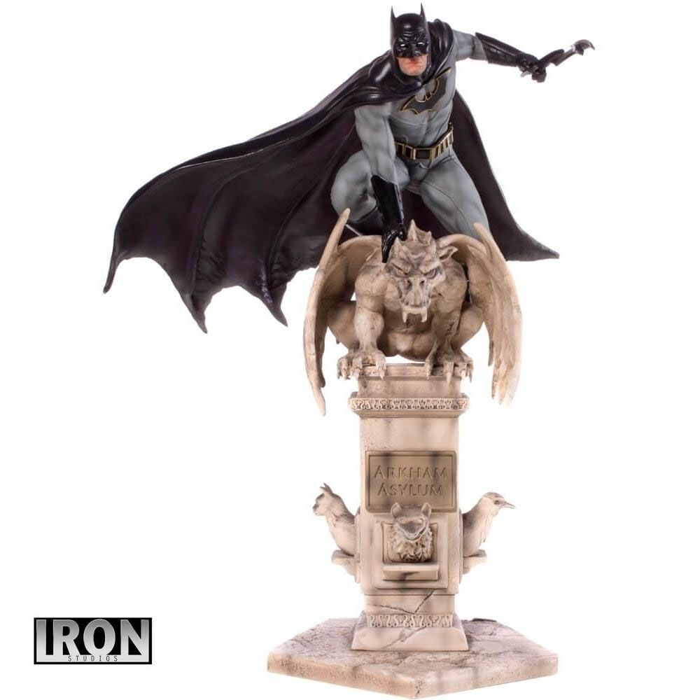 Iron Studios DC Comics Batman by Eddy Barrows Art Scale 1/10