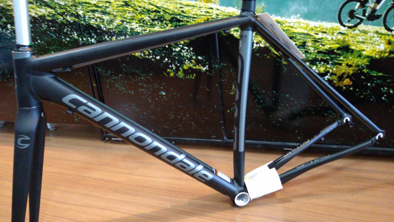 QUADRO CANNONDALE CAAD OPTIMO BBQ TAM 56 A17