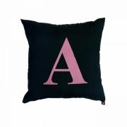 Almofada Inicial personalizada letra rosa