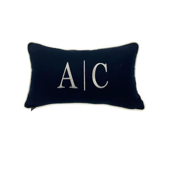 Almofada inicial retângulo: azul marinho com branco - A/C