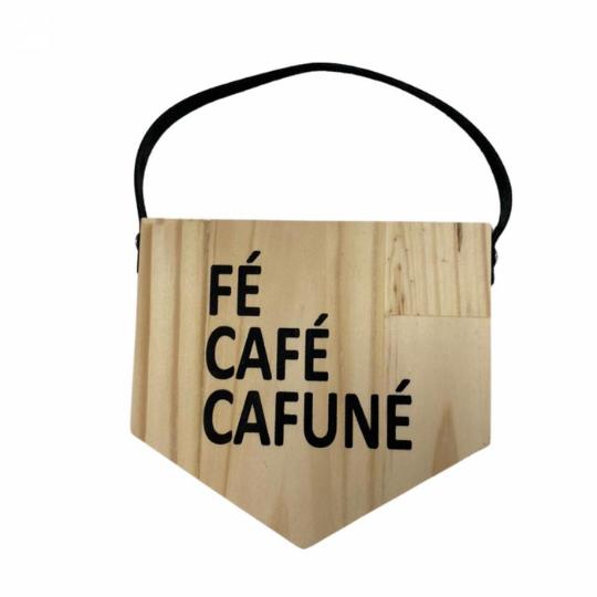 Flâmula madeira: fé, café...