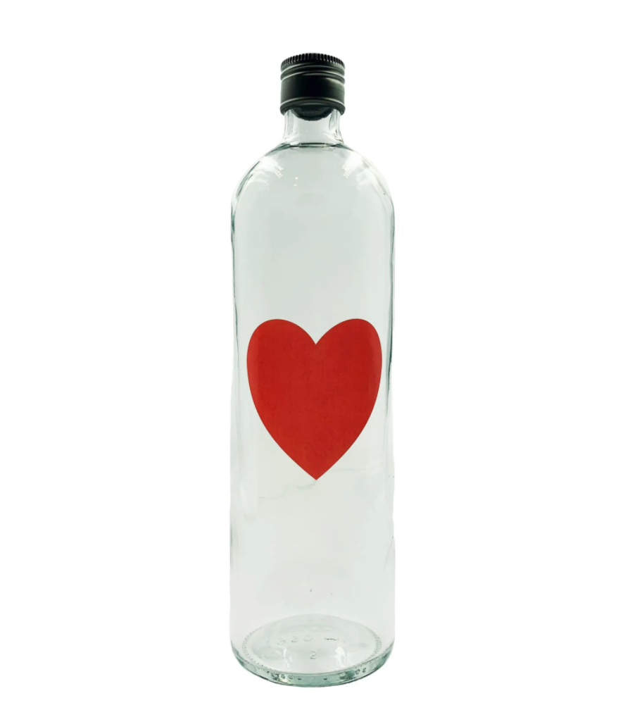 Garrafa de água coração vermelho