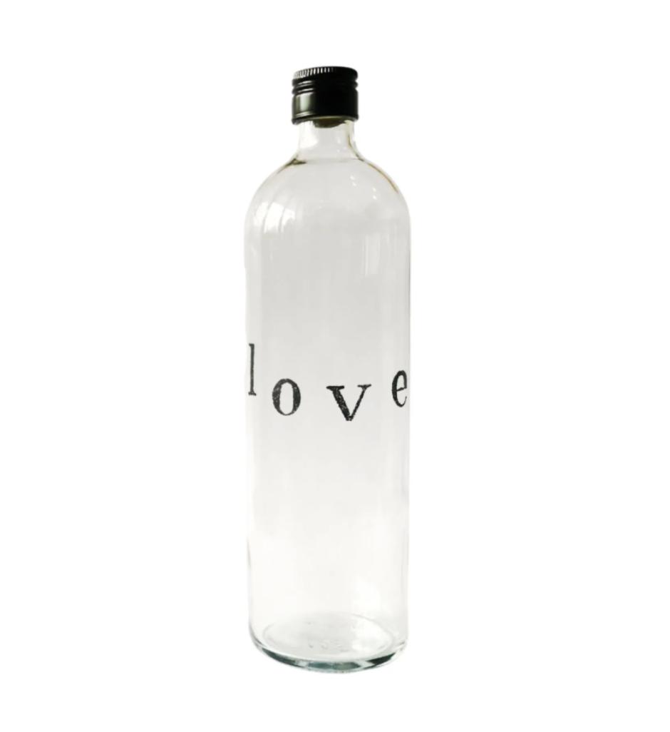 Garrafa de água love