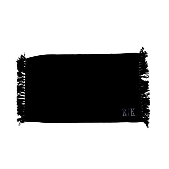 Tapete personalizado com 2 iniciais bordadas