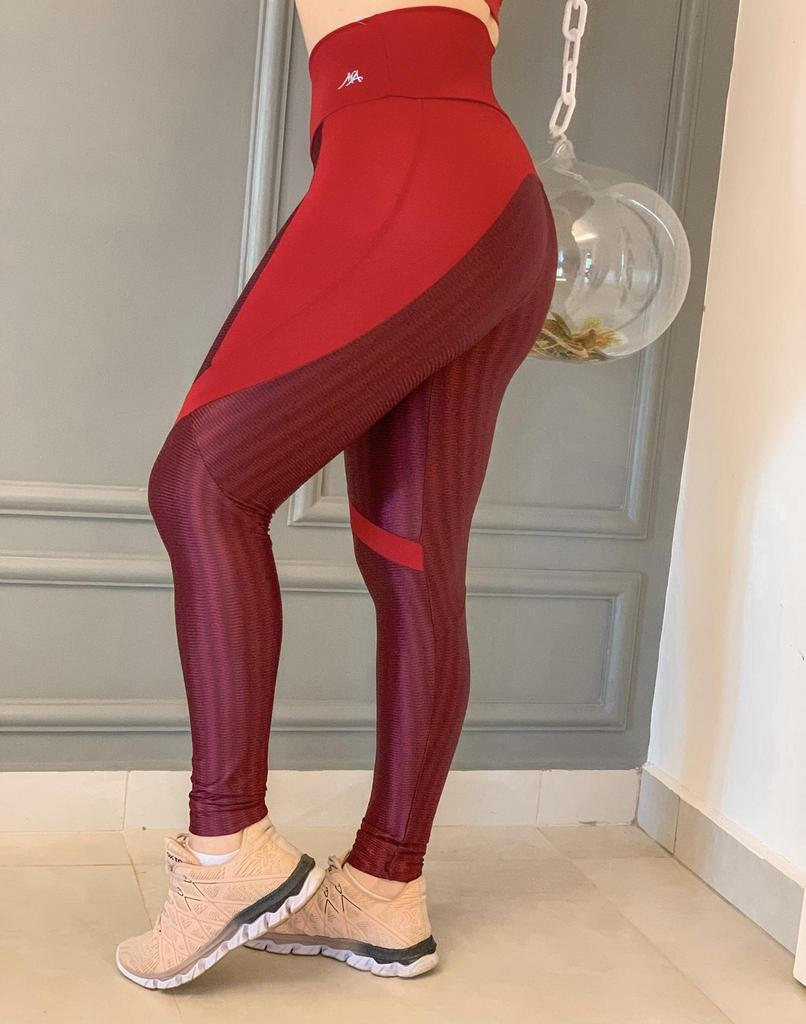 Calça legging duo disfarça celulite de poliamida  - Lamark Fitness