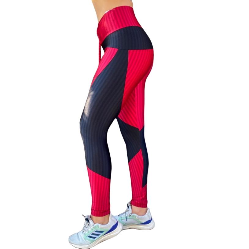 Conjunto top 3d com bojo removível e calça legging disfarça celulite com recorte de poliamida  - Lamark Fitness