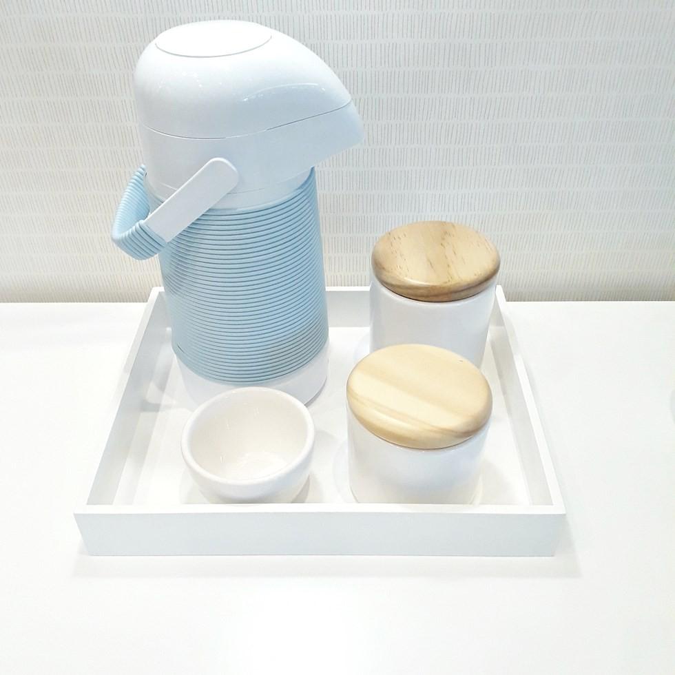 Kit Higiene Azul e Branco