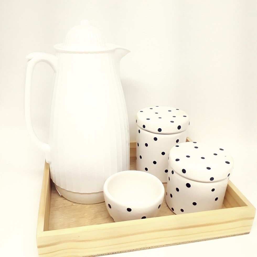 Kit Higiene Poa Preto e Branco